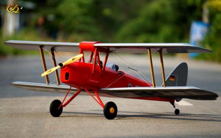 VQ Model - DH-82 Tiger Moth EP/GP 46 Size ARF Kit - Red